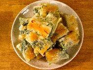 Вита баница от готови одрински кори със спанак, сирене, кисело мляко, яйца и сода